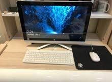 كمبيوتر اتش بي مع لوحة المفاتيح و فأر. قابل للتفاوض