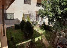 شقة ارضية فارغة للايجار في خلدا 4 نوم مع حديقة وترس