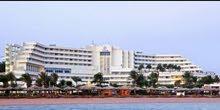للبيع فندق 5نجوم هاي لوكس مساحة 40000متر بالغردقة علي البحر مباشرة