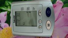 جهاز قياس ضغط الدم و دقات القلب الماني المنشأ