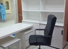 مكتب وكرسي للبيع لأعلى سعر