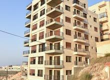 شقة 150م  تقع بين الجبيهة وابو نصير قرب مطعم ديوان زمان