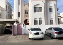 Azaiba neighborhood Bosher city - 197 sqm apartment for rent