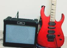 للبيع جيتار كهربائي مع سماعه