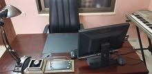مكتب  فاخر وكراسي مكتب للبيع