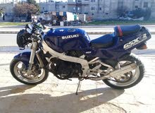 سوزوكي GSXRR400