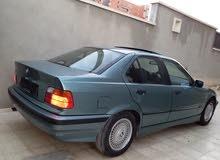 BMW 318 1999 - Tripoli
