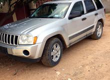 Jeep Grand Cherokee 2005 For sale - Grey color