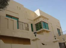 للإيجار فيلا في عالي في منطقة سكنية هادئة راقية قرب ممشى عالي