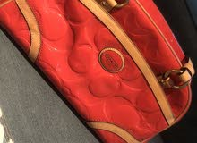 coach handbag almost new very low price