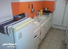 ستيديو مفروش مكيف غرفة و مطبخ مجهز و حمام