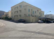 مبنى للبيع الخوير 25 (قابل للتفاوض)