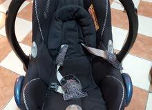 car seat maxi Cosi مقعد سيارة ماكسي كوزي