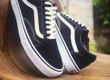 حذاء فانز