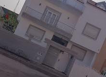 ڤيلا ديلوكس 4طابق 5 غرف5حمامات3صالونات3مطابخ حديقه مزروعه كراج ماء ساخن