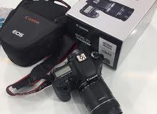 كاميرا كانون 7d mark 1 مع شنطتين وعدسة
