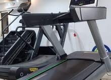 بالتقسيط مشايه امريكي ماركه لايف فيتنسUSA 3موتور  قدرة الموتور5حصان AC  تشغيل 10
