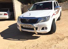 White Toyota Hilux 2015 for sale