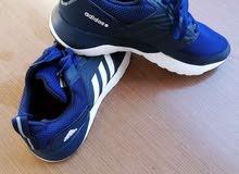 حذاء أديداس أصلي رياضي للبيع