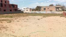 ارض 800م للبيع برواد الشاطئ