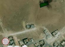 قطعة ارض للبيع بمساحة 967م تصلح لبناء فيلا او عمارة او اسكانات