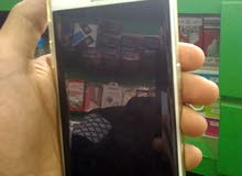 جالكسي اس6 أدج نضيف مش مطبع فية شرخ في الشاشة والتلفون موجود معي