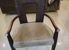 كرسي خيزران مع مقعد جلد اصلي عدد 2