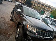 jeep Cherokee 2012 overland full option super clean