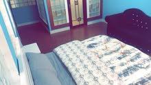 شقة للايجار اليومي في المعبيله بالقرب من محطة شل نستو flat for Daily rent