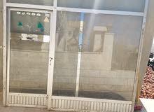 باب المنيو م مستعمل للبيع