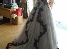 فستان سهرة كبير