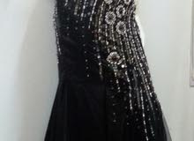 فستان سهرة فخم ملبوس كم ساعه بس مقاس l.xl