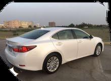 Lexus ES 2016 For sale - White color