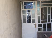 بعد مدخل الحسينيه عن شارع الرئيسي 20م
