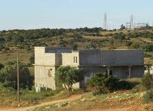 السلام عليكم ورحمة الله وبركاته  #منزل #للبيع ( بمنطقة قصر ليبيا ) فوق الشيل يتك