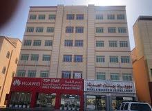 معرض يصلح لمجمع طبي أو معهد أو مكتب محاماة أو استشارات هندسية