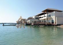 للبيع فيلا 7 غرف ماستر حمام سباحة  ديجتال لايت جاكوزى الجيم