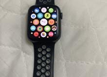 ساعة أبل الإصدار الرابع - apple watch series 4.. مطلوب 95 ريال وقابل للتفاوض..