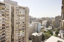 شقة 250م بالدقي، من شارع مصدق، سوبر لوكس، فيو مفتوح من جميع الجهات
