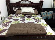 king size heavy wood bed