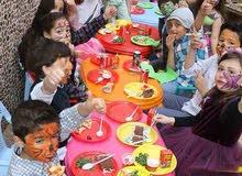 تأجير كراسي وطاولات ملونه للأطفال