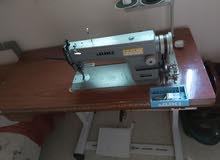 ماكينة خياطة شبه جديدة