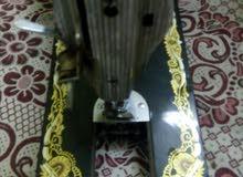 ماكينة خياطة سنجر اصلي عمرها 35 سنة سعرها 7000 الاف جنيه مصري قابل للنقاش