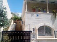 فيلا في الزرقاء - جبل طارق - قرب مسجد زيد بن ثابت
