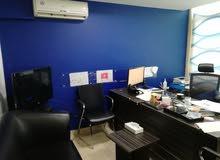 أثاث مكتب كامل للبيع مع كافة التجهيزات - المكتب للإيجار