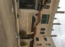بيت طابقين مادبا منطقه جميله جداً خلف المحكمه القديمه بجانب كارفور من الخلف