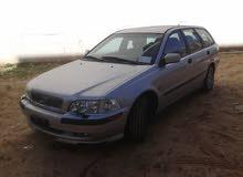 Used Volvo V40 for sale in Tripoli
