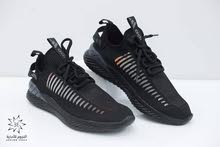 حذاء رياضي من ADIDAS