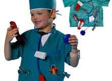 للبيع بسعر مميز لباس المهن ( لباس مهنة الطبيب الجراح للاعمار من سنه لعمر 10 سنوات ) باسعار مميزه