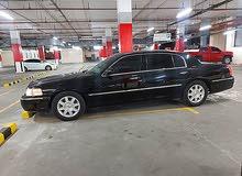 AED 18500/= (كلين تايتل) 2011 - LINCOLN TOWN CAR  -